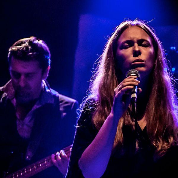 We Are Birds: Concert Live Somewhere - POP Video - H. Tolf, E. Soulignac