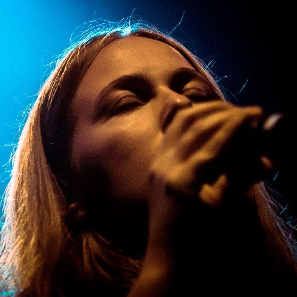 We Are Birds: Concert Live Somewhere - POP - H. Tolf