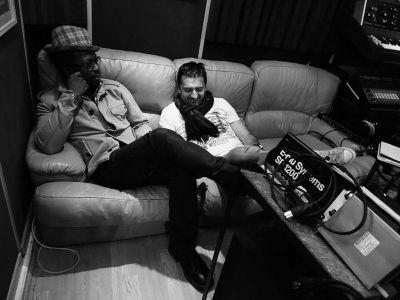 WE ARE BIRDS - Studio - Emmanuel & Yul