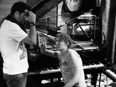 WE ARE BIRDS - Studio - Emmanuel & Tuomas