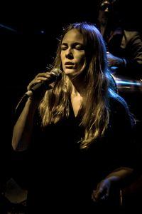 WE ARE BIRDS - Live Somewhere stage - Hannah Tolf - Vocal Improviser